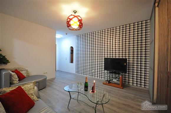 Apartment near Derybasivska, Dreizimmerwohnung (88922), 001