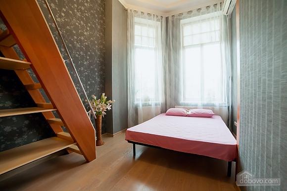 Big beautiful apartments on the beach, Three Bedroom (46286), 014
