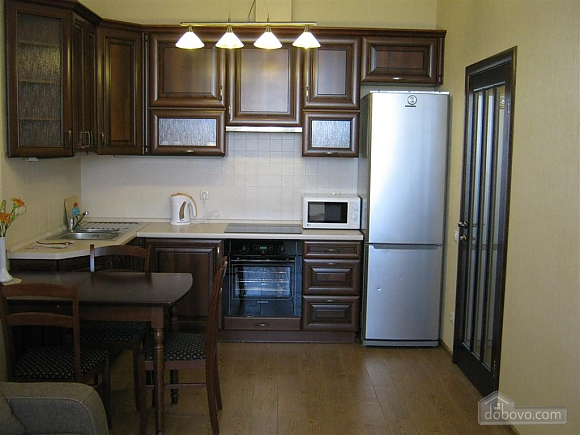 New apartment near Arcadia, One Bedroom (32984), 004