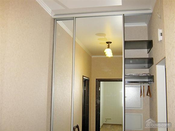 New apartment near Arcadia, One Bedroom (32984), 021