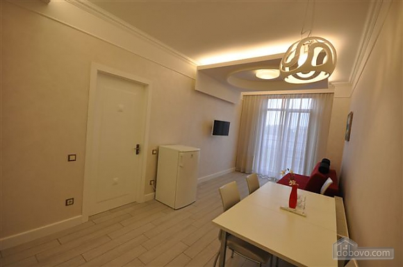 Apartment near the Opera House overlooking the city, One Bedroom (65477), 002