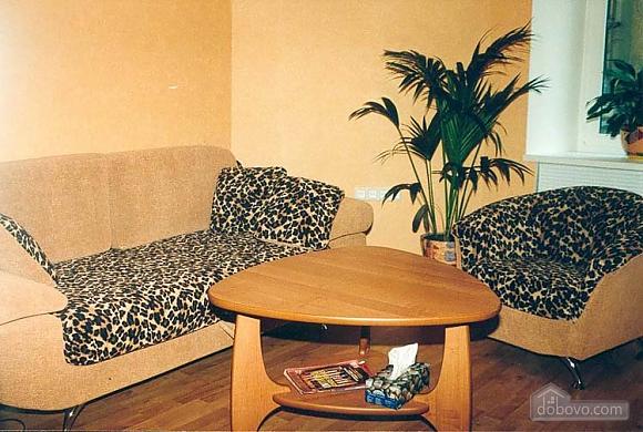 Квартира в центрі біля моря, 1-кімнатна (10894), 001