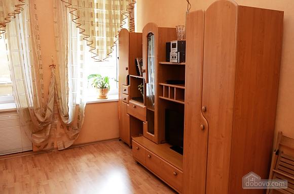 Квартира в центре возле моря, 1-комнатная (10894), 007