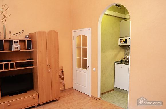 Квартира в центрі біля моря, 1-кімнатна (10894), 008