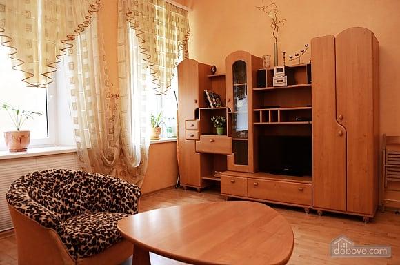 Квартира в центрі біля моря, 1-кімнатна (10894), 009
