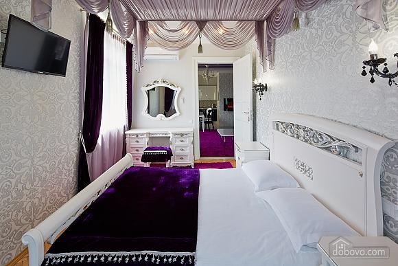 VIP Luxury cozy apartment, Due Camere (10317), 008