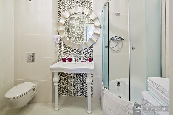 VIP Luxury cozy apartment, Due Camere (10317), 012