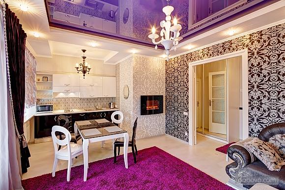 VIP Luxury cozy apartment, Due Camere (10317), 001