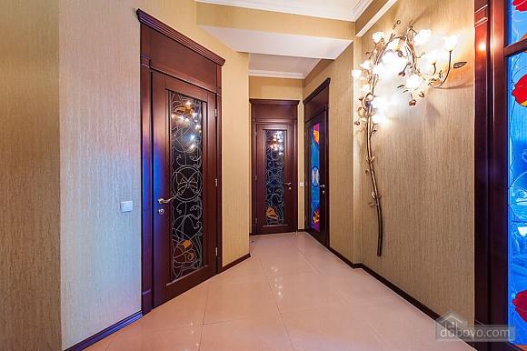 Восхитительные апартаменты 1001 ночь, 2х-комнатная (47160), 012