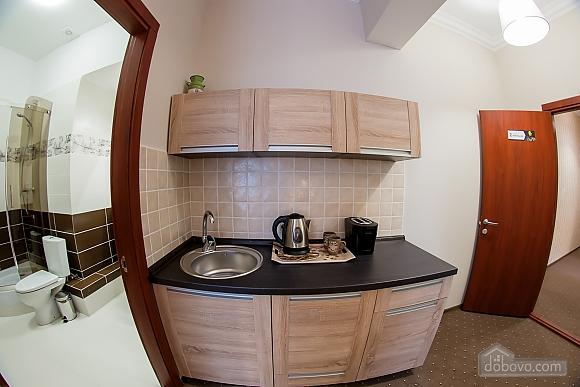 Нові апартаменти в самому центрі, 1-кімнатна (98609), 004