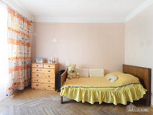 Room for one to four-room apartment near the IEC, Monolocale (99533), 004