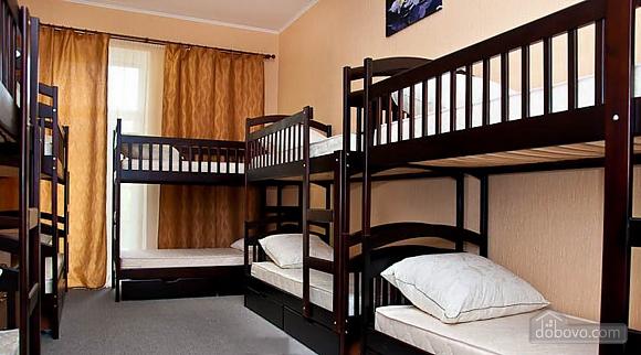 Новый комфортный хостел, 1-комнатная (52432), 006