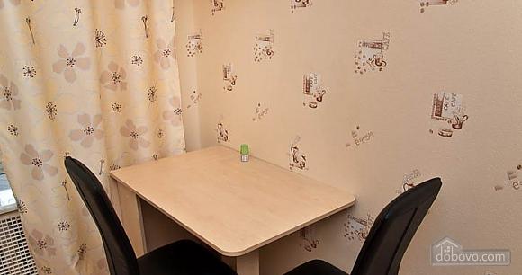 Новый комфортный хостел, 1-комнатная (52432), 020