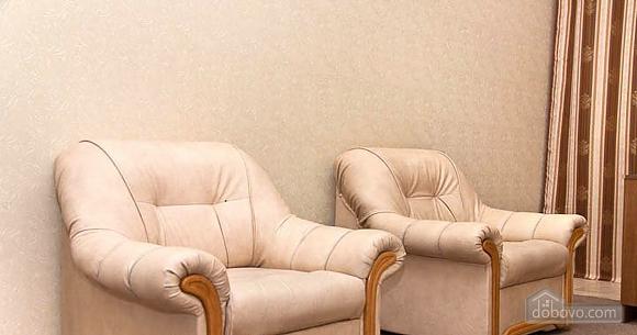 Новый комфортный хостел, 1-комнатная (52432), 023