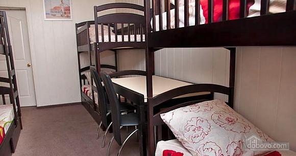 Новый комфортный хостел, 1-комнатная (52432), 032