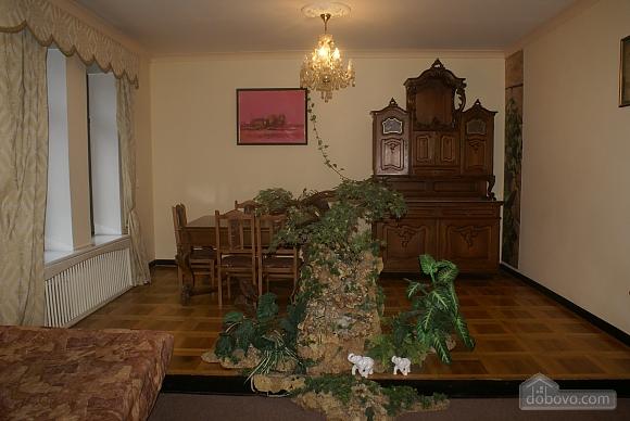 Квартира біля метро Золоті Ворота, 3-кімнатна (86073), 005