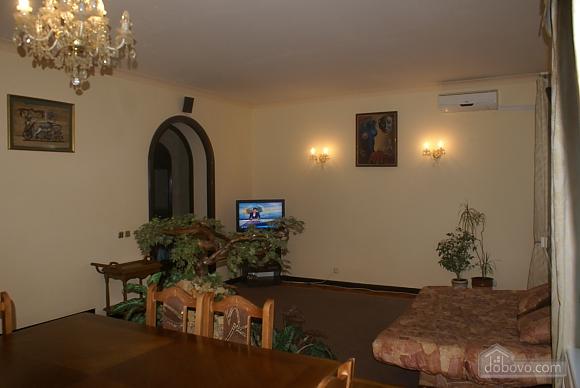Квартира біля метро Золоті Ворота, 3-кімнатна (86073), 004
