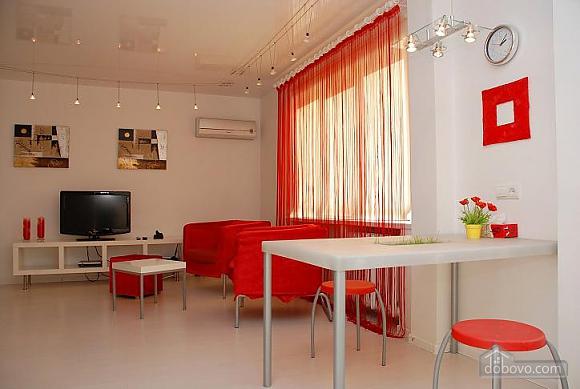 Apartment in hi-tech style, Una Camera (91087), 002