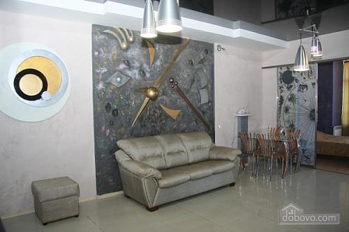 Квартира в центре Киева, 3х-комнатная (64613), 004
