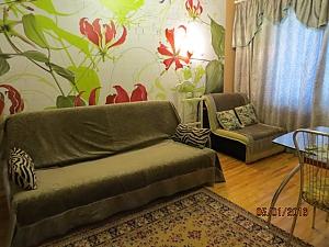 Чистая квартира со всеми удобствами, 2х-комнатная, 002