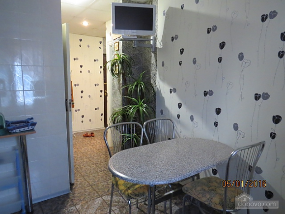 Clean apartment with all conveniences, One Bedroom (87986), 010