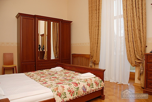 Apartment in the elite district, One Bedroom (43217), 004