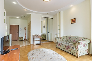 VIP apartment on Pechersk, One Bedroom, 001