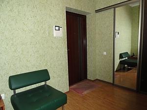 121 Saksahanskoho, Studio, 004
