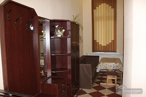 8 Khorvatskaya, Studio (65997), 008