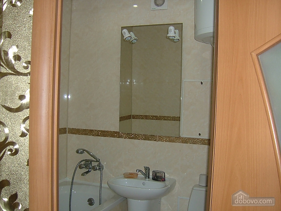 Apartment near Victory Park, One Bedroom (84813), 010