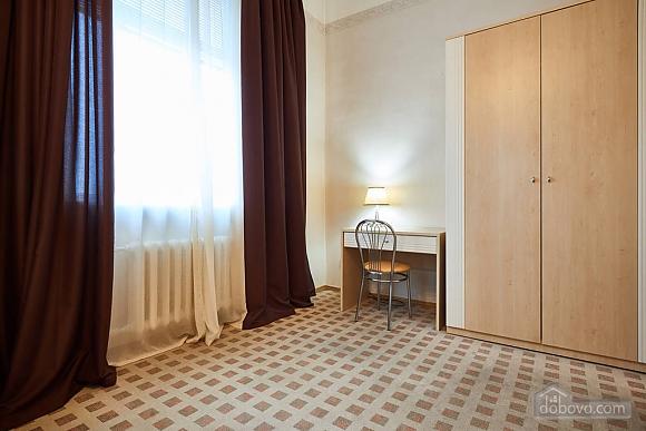 Квартира возле Бессарабки, 2х-комнатная (68790), 013