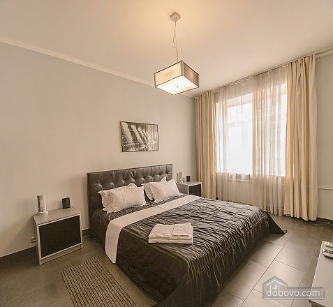 Modern one bedroom Jacuzzi apartment with kitchen and sofa bed, One Bedroom (76251), 005