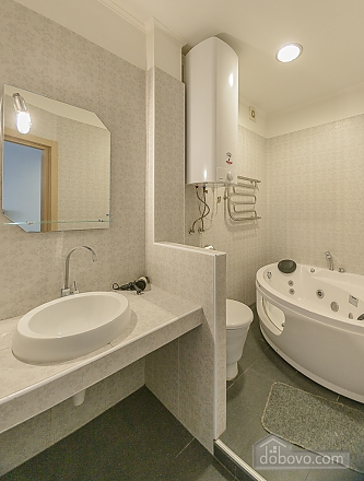 Modern one bedroom Jacuzzi apartment with kitchen and sofa bed, One Bedroom (76251), 013