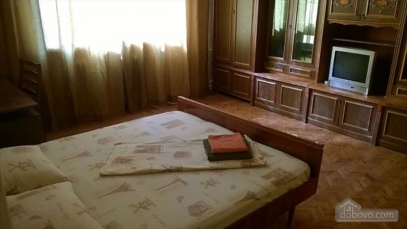 Квартира біля парку ім. Горького з Wi-Fi, 2-кімнатна (59632), 002