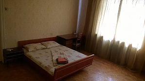 Apartment near the Park with Wi-Fi, One Bedroom, 003