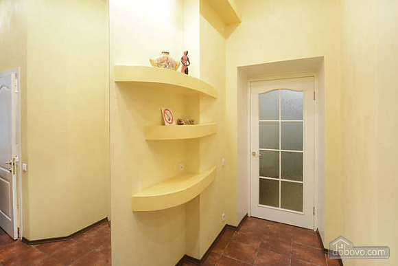 Apartment near the St. Sophia's Square, Monolocale (91937), 028
