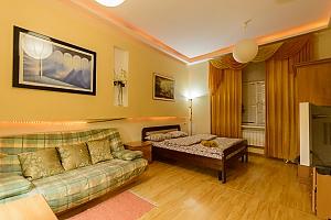 Квартира рядом с Софиевской Площадью, 1-комнатная, 001