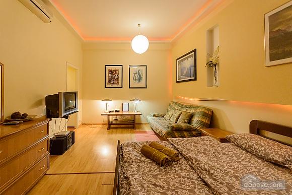 Apartment near the St. Sophia's Square, Monolocale (91937), 004