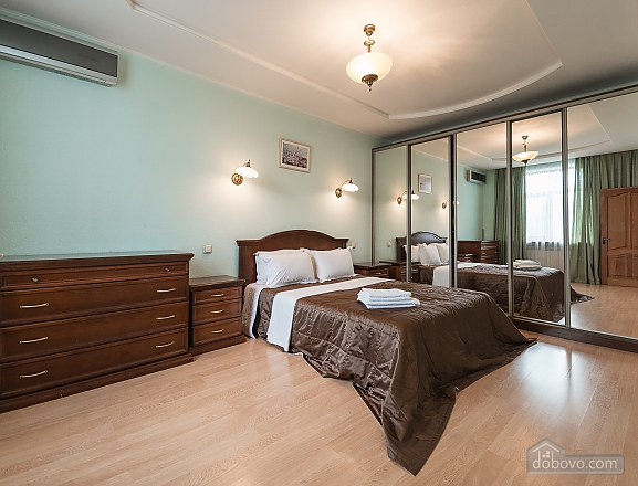 Comfortable one-bedroom apartment street view, Un chambre (12638), 011