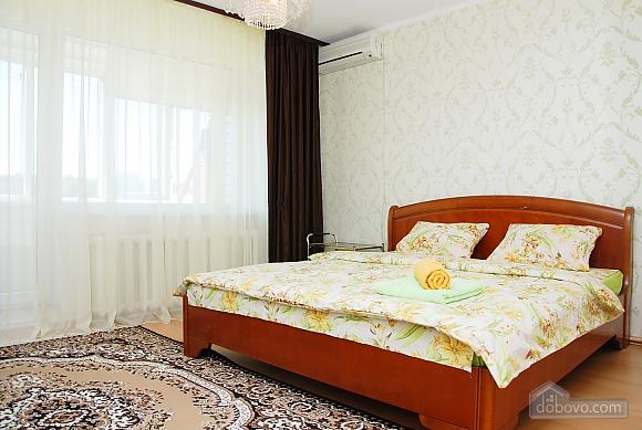 Квартира біля метро Палац Україна, 2-кімнатна (71125), 004