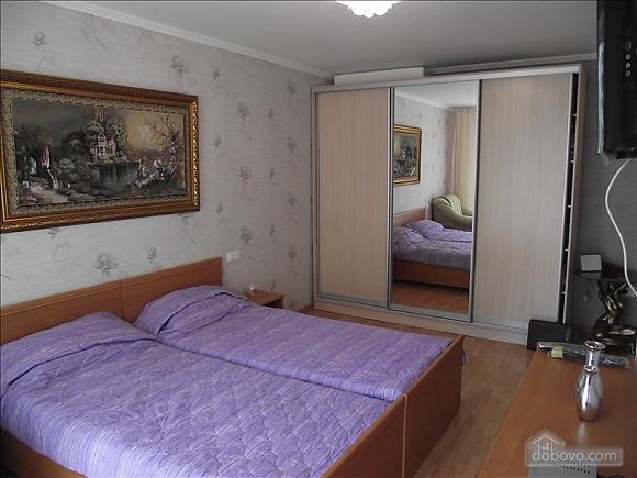 Уютная квартира, 1-комнатная (68297), 001