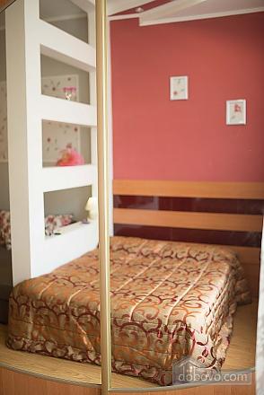 Квартира полулюкс в центре, 1-комнатная (31610), 006