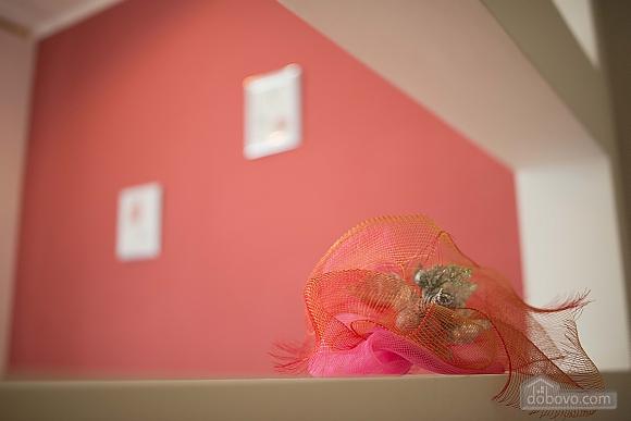 Квартира полулюкс в центре, 1-комнатная (31610), 007