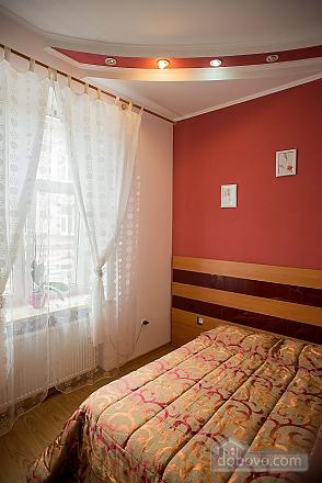 Квартира полулюкс в центре, 1-комнатная (31610), 013