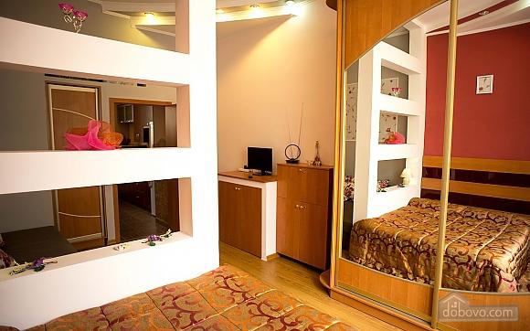 Квартира полулюкс в центре, 1-комнатная (31610), 015