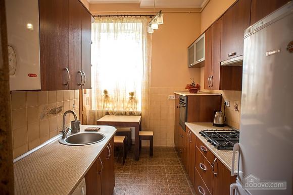 Квартира полулюкс в центре, 1-комнатная (31610), 017