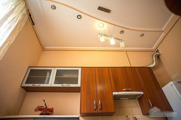 Квартира полулюкс в центре, 1-комнатная (31610), 022