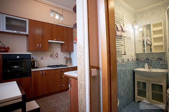Квартира полулюкс в центре, 1-комнатная (31610), 026