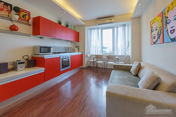 Stylish Jacuzzi one bedroom apartment with balcony and sofa bed, Zweizimmerwohnung (84236), 005