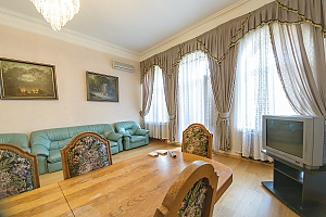 Classic Jacuzzi three bedroom apartment with kitchen and balcony, Three Bedroom, 004